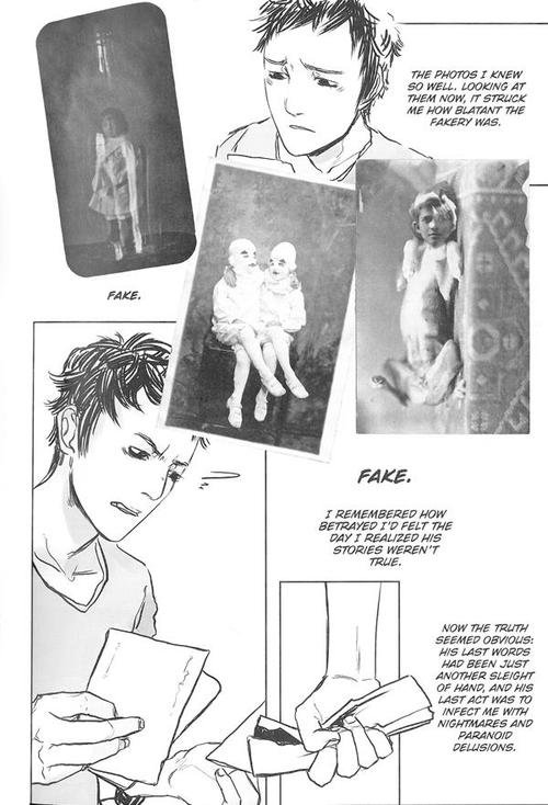 Miss Peregrine's School for Peculiar Children graphic novel review